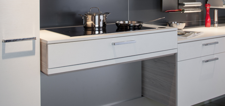The height adjustable hob makes kitchen work easier